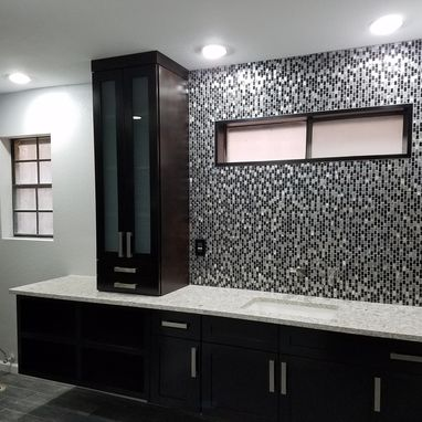 Custom Made Contemporary Shaker Design Master Bath Units