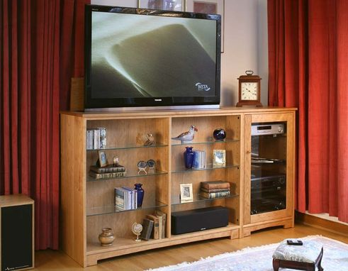 Custom Made Entertainment Tv Lift