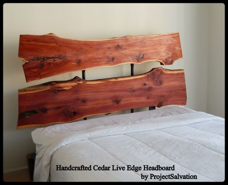 Custom Made Live Edge Headboard / Industrial Headboard / Reclaimed Wood Bedroom Design / Barnwood Headboard