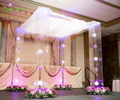 Custom Made Wedding Chuppah/Geazbo