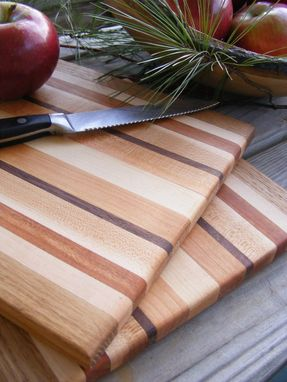 Custom Made Appalachian Edge Grain Hardwood Cutting Boards