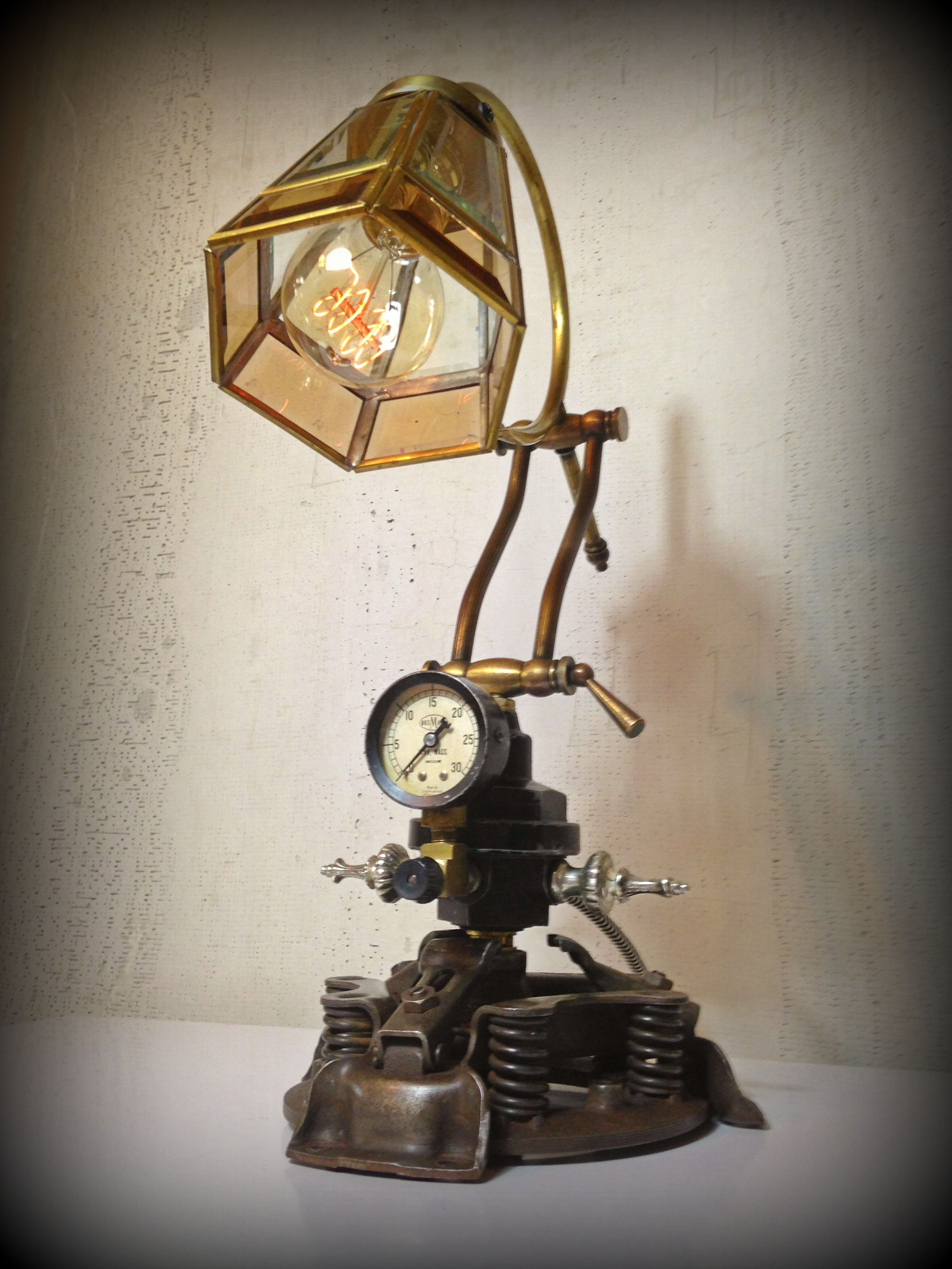 Custom Made Steampunk Repurposed Upcycled Clutch Disk Table Lamp