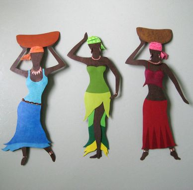 Custom Made African Art Sculpture Market Lady Recycled Metal Home Wall Decor
