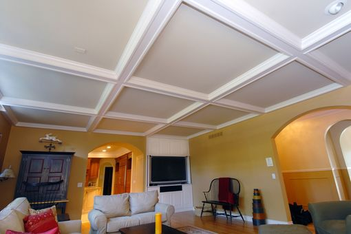 Custom Made Ceiling And Entertainment
