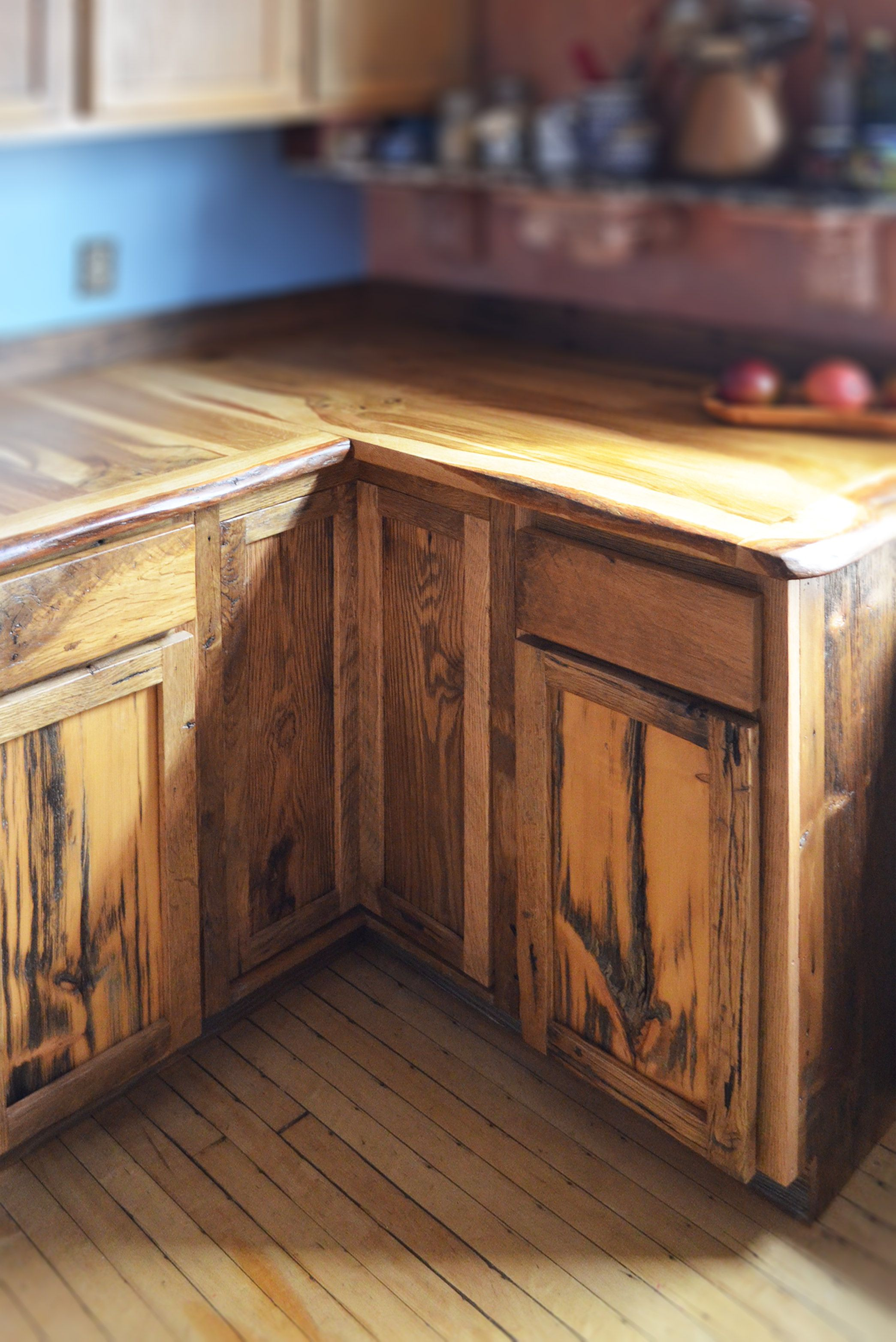 Custom Live Edge Oak With Rustic Front Facing Kitchen