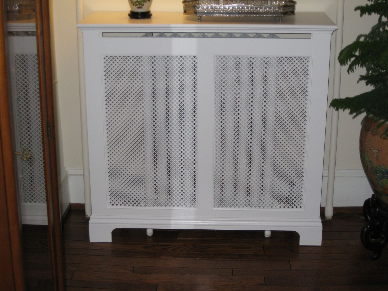 Radiator under kitchen cabinet - Decorative Radiator Cover