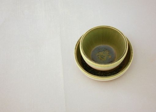 Custom Made Small Ceramic Nesting Bowls In Farmhouse White And Apple Green