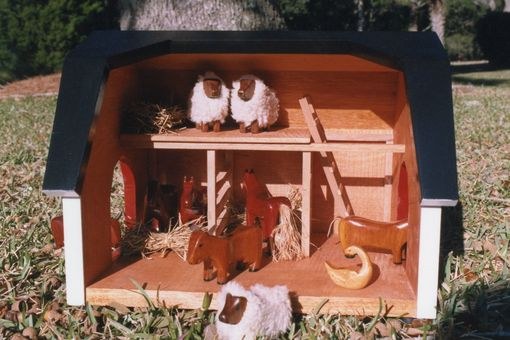 Custom Made Allison's Barn And Animals