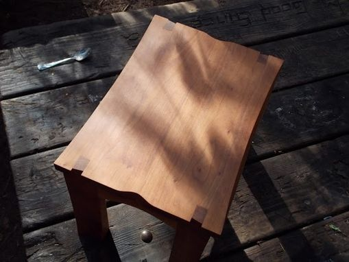 Custom Made Cherry Stool With Hand-Cut Dovetails