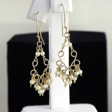 Custom Made Gold And Pearls Earrings. Elegante And Feminine