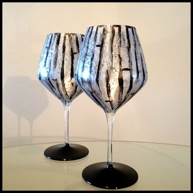 Custom Made Black Abstract Design. Red Wine Glasses.