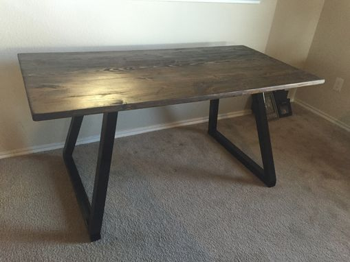hand made modern office desk wood top with metal base.dallas