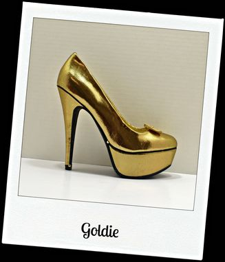 Custom Made Goldie