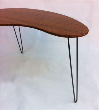 Kidney Bean Shaped Modern Desk Atomic Era Boomerang Design In Caramelized Bamboo