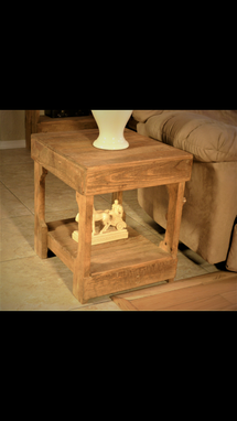 Custom Made Pallet Wood End Table