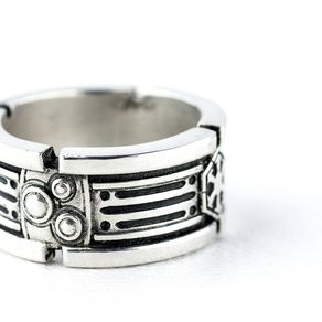 star wars light saber wedding ring - Star Trek Wedding Ring