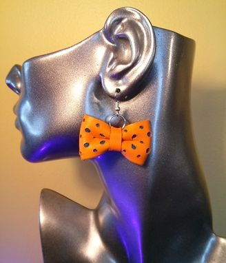 Custom Made Leather Polka Dot Bow Earrings | Bow Tie Earrings | Leather Earrings