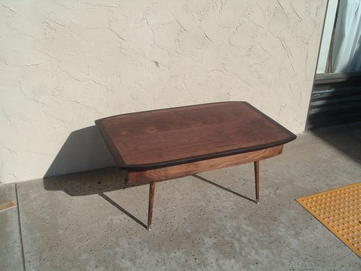 Custom Made Mid-Century Modern Lift-Top Coffee Table