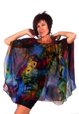 Custom Made Hand Painted Silk Crepe Georgette Poncho, Fethes