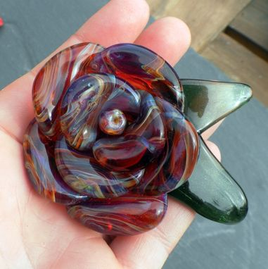 Custom Made Stainless Steel Bottle Stopper With Hand-Blown Purple And Amber Glass Rose