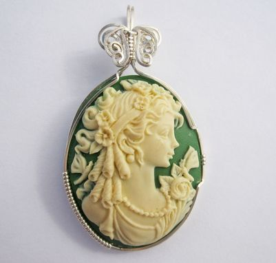 Custom Made Wire Wrapped Cameo Pendant