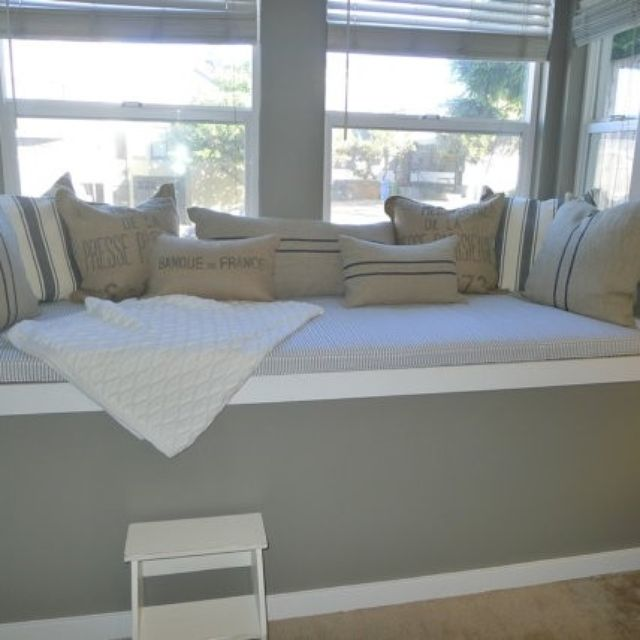 Custom Made Window Seat Cushion And Pillow Project By Hearth Home Custommade