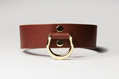 Custom Made Leather Bondage Collar - Chestnut Brown Latigo - Brass Lead Ring - Ivy Motif