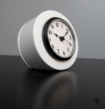 Custom Made Cessna 402 Piston Desk Clock