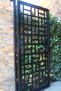 Custom Made State-Of-The-Art Metal Gate Walk Thru Front Yard Modern Design On Sale Factory Direct