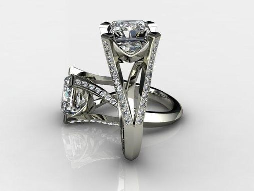Custom Made Diamond Platinum Engagment Ring