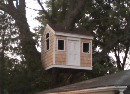 Custom Made Little Cape Treehouse!!!!