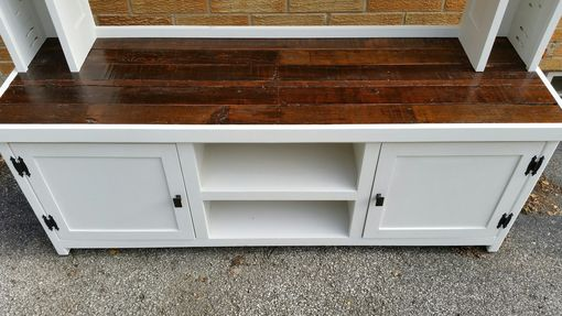 Custom Made Barn Wood, Tv Stand, Media Console, Entertainment Center, Media Center, Tv Console,