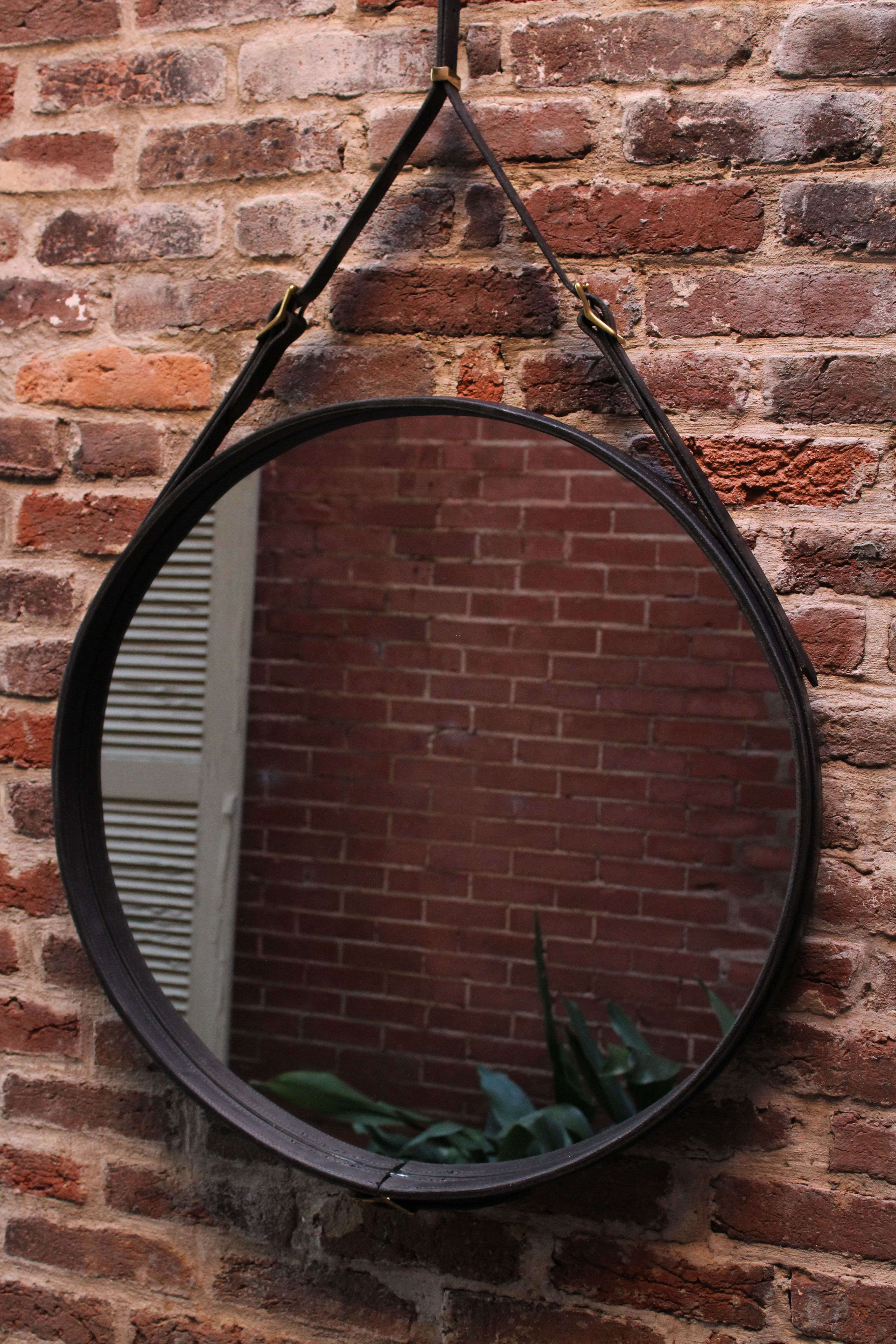 Hand Crafted Leather Strap Round Wall Mirror By Tennesee