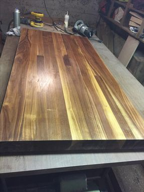 Custom Made Butcher Block Cutting Boards And Counter Tops!