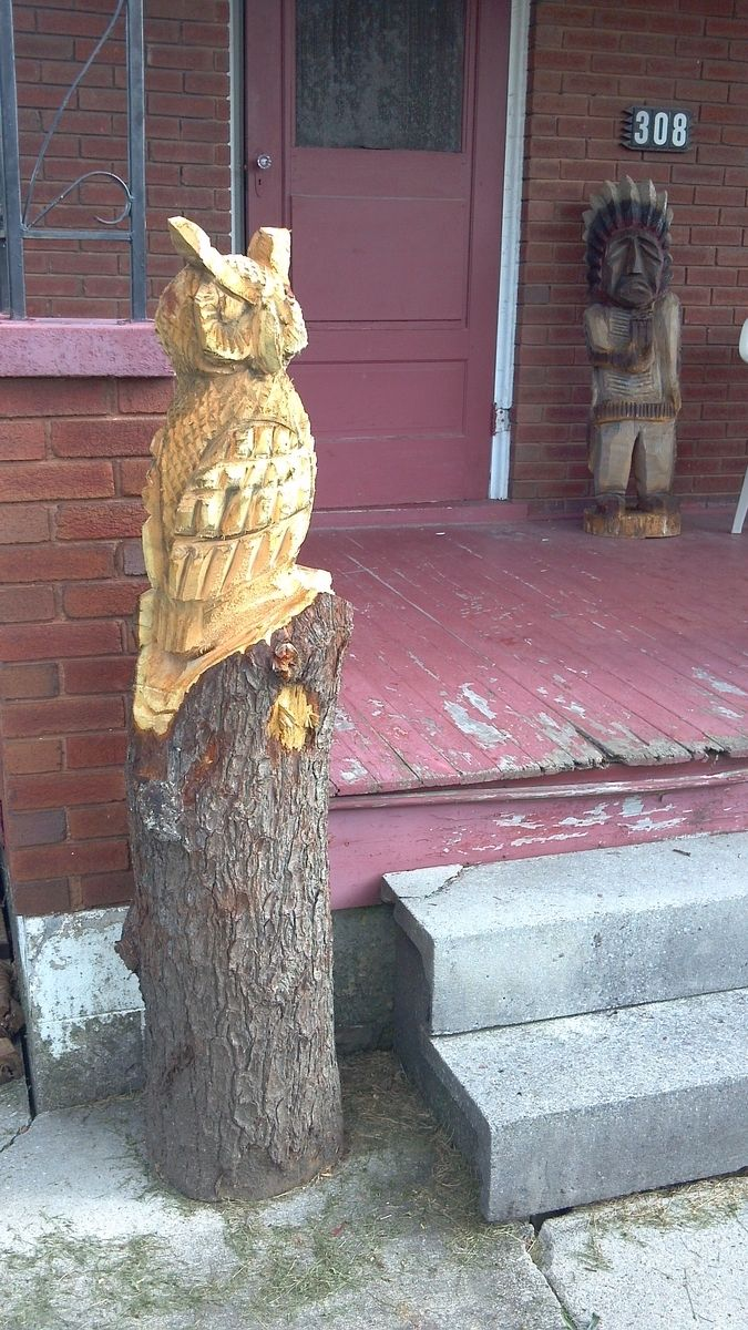 Handmade chainsaw carved owl by parrish carving