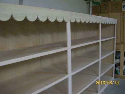 Custom Made Retail Display Cabinet