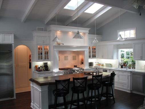 Custom Made Kitchen Cabinetry