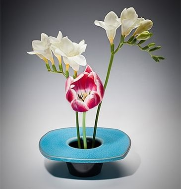 Custom Made Ikebana Flower Vase - Horizon