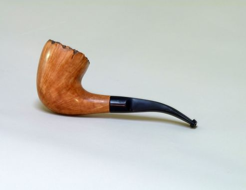 Custom Made Hand Carved Pipe