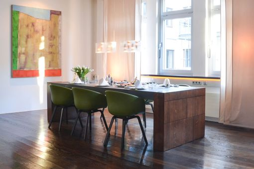 Custom Made Reclaimed Wood, High End Chic Concrete Dining Table