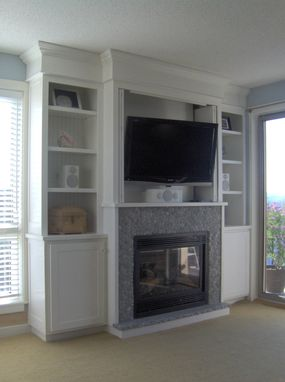 Custom Made Fireplace Surround W/Flatscreen