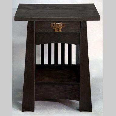 Custom Made Tulip End Table / Nightstand