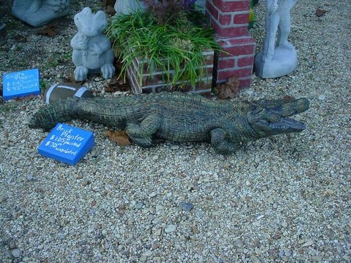 Custom Made 4 Foot Plus Life Like Alligator Concrete Statue Or Water Feature