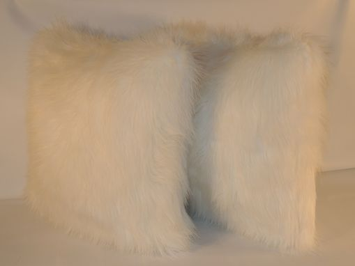 Custom Made Arctic Fox White Faux Fur 18 X 18 In. Decorative Pillow - Set Of 2