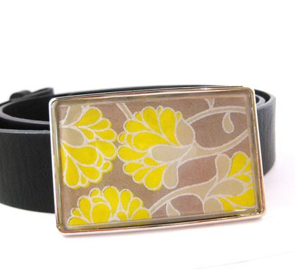 Custom Made Resin Belt Buckle With Yellow Zinnias Design