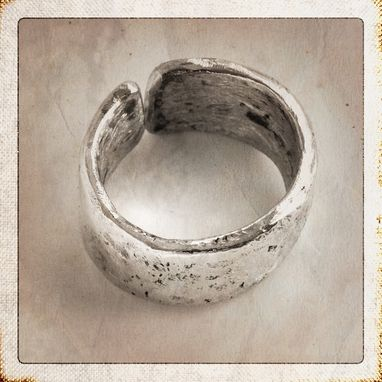 Custom Made Argentium Silver Thick Split Ring, Handmade, Hammered, Oxidised, Size Us 11
