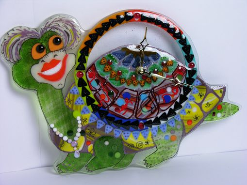 "Custom Made Decorative Fused Glass Wall Clock ""Funny Turtle"""