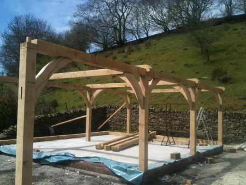 Custom Made Oak Frame Barns