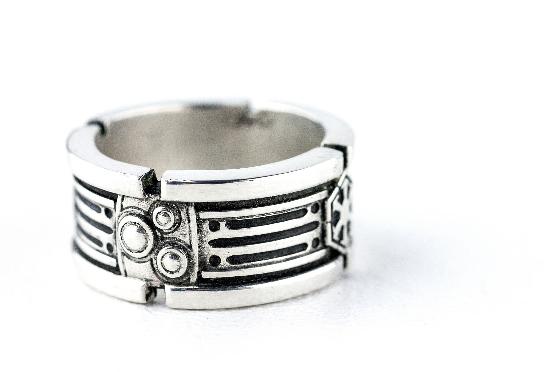 Handmade star wars light saber wedding ring by rock my for Star wars wedding rings