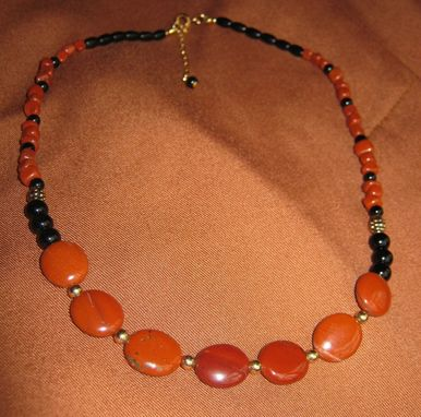 Custom Made Red Jasper And Onyx Gold Necklace